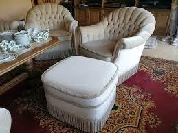 edle sofa garnitur wohnzimmer klassisch tisch