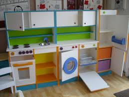 cuisine en bois pour enfant ikea fabriquer cuisine bois enfant newsindo co