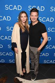 Chris Evans And Robert Downey Jr Support Jeremy Renner Elizabeth Olsen At Wind River Screening
