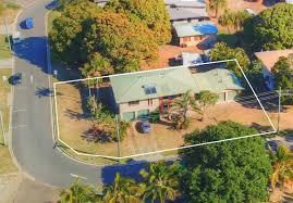 100 Agnes Water Bush Retreat 17 Jeffery Court For Sale Auction Saturday 21919