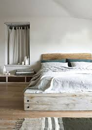 Pallet Bed Frame by 10 Creative Pallet Bed Design Ideas Rilane