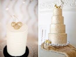 DIY Edible Gold Dusted Fruit Cake Topper