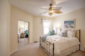 Cozy Bedroom Ideas For Small Rooms 09
