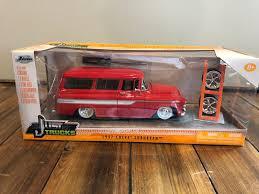 100 Just Trucks Jada 1957 Chevy Suburban 124 Diecast Car New In Box