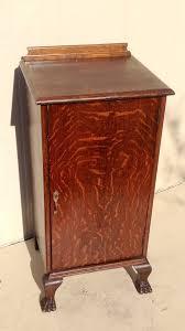 Tiger Oak Serpentine Dresser by 80 Best Antique Quarter Sawn Oak Furniture Images On Pinterest