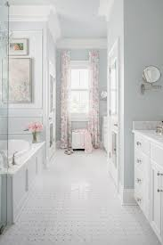 design tips to make a small bathroom look bigger porch
