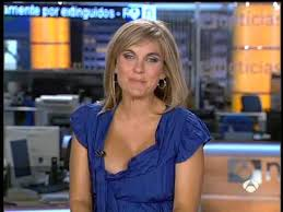 Pretty News Woman Wardrobe Malfunction