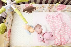 Why An Organic Cotton Crib Mattress is Better For Your Baby