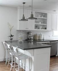 peinture grise cuisine cuisine blanche mur taupe 2 cuisine blanche et peinture grise