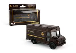 100 Ups Truck Toy UPS Pullback Package Die Cast Model Products