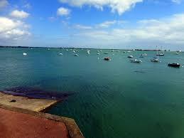 la chambre port louis la mer de gâvres pour horizon les marées qui rythment vos
