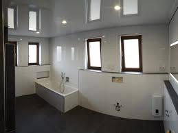 badezimmerdecke weiß hochglanz obergrombach