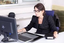 secrétaire comptable salaire débouchés formations etc