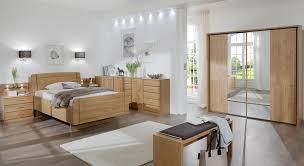 senioren schlafzimmer mit viel stauraum in erle teilmassiv