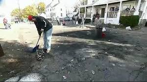 Nh Pumpkin Festival Riot by Students Help Clean Up After Riots At Keene Pumpkin Festival Necn