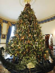 2011 The Blue Room Christmas Tree Seen From Cross Hall Of White House Left Features Cards Written By Children US Military Members And