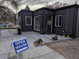 104 Homes Made Of Steel Boise Nonprofit Fers Containers News Khq Com