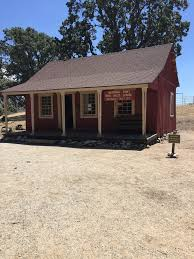 Apple Shed Restaurant Tehachapi by Bear Valley Country Market Farmers Market 26900 Bear Valley Rd