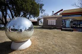 102 Flaming Lips House Rocker S Home Becomes Ever Changing Work Of Art