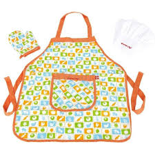 Hape Kitchen Set Nz by Hape Chef S Apron Hat Set For At Mighty Ape Nz