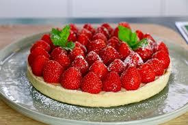 dessert aux fraises facile tarte aux fraises facile en 3 é hervecuisine