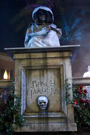 Halloween Busch Gardens by Howl O Scream 2011 Event Review As Zombies Invade Scare Zones