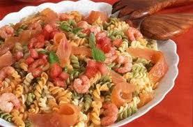 salade aux pâtes multicolores