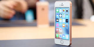 iPhone SE hands on video Business Insider