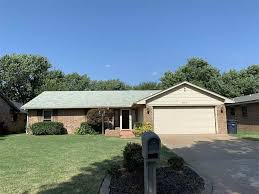 100 Rosanne House 610 Street Enid OK 73703
