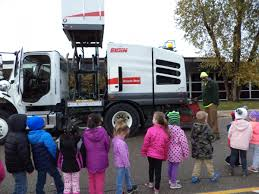 100 What Time Does The Ups Truck Come Community Helpers Day