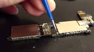 iPhone 4 logic board from America needing sim card reader repair