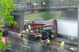 100 Ups Truck Accident Tractortrailer Crash Jams Ups Traffic On 195 In East Providence