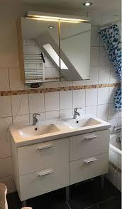 waschtisch mit armaturen und spiegelschrank gebraucht