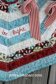 Christmas Tree Shops Lancaster Pa by 65 Best Quilting Christmas Tree Skirt Images On Pinterest Log
