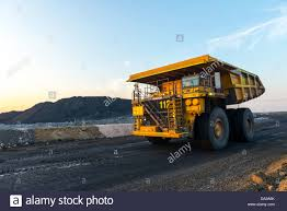 Haul Trucks Dump Truck Stock Photos & Haul Trucks Dump Truck Stock ...
