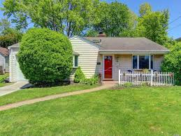 100 Houses For Sale Merrick 401 Wynsum Ave NY 11566