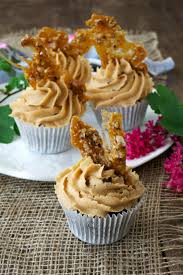 The More Generous American Style Cupcake Has Eclipsed Diminutive English Fairy Cake Recently I Would Have Made A Fitting For Couple