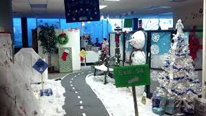 Office Christmas Decorating Ideas On A Budget by Office Christmas Decorating Ideas On A Budget Office Cubicle