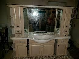 spiegelschrank badezimmer schrank waschbecken mit radio