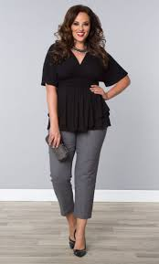 5 flattering ways to wear plus size cropped pants clothes