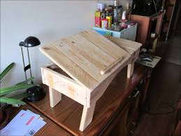 Laptop bed table made from pallets