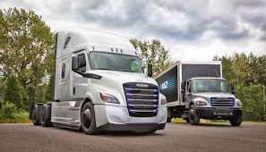 100 Delivery Trucks Daimler Is Testing Electric Delivery Trucks On The West Coast