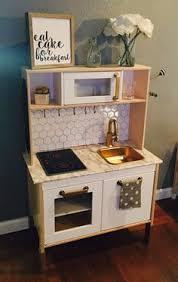 jeux cuisine enfants diy ikea play kitchen hack salles de jeux cuisines enfant et