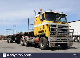 100 Cabover Trucks Truck Stock Photos Truck Stock Images Alamy