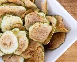 comment cuisiner les courgettes au four recette minceur gourmande chips de courgettes épicées au four