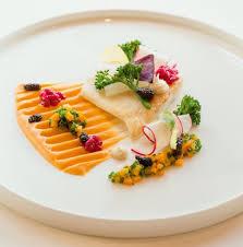 dressage des assiettes en cuisine comment bien dresser une assiette idées et conseils par les chefs