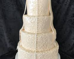 Faux Fake Wedding Cake