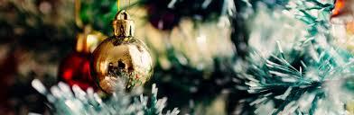 How Many Lights Should Go On A Christmas Tree