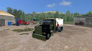 100 Feed Truck PETERBILT 379 FEED TRUCK V 10