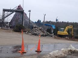Christmas Tree Inn Gilford Nh by Weirs Beach Waterslide To Be Torn Down Winnipesaukee Forum